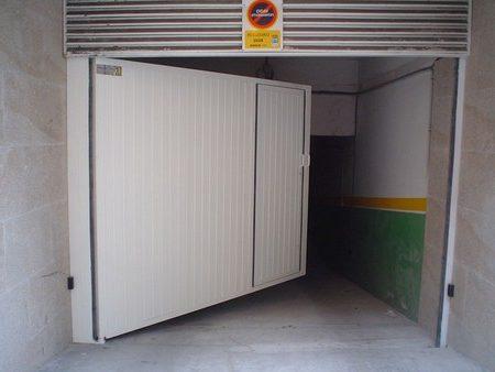 Puerta batiente puertas y automatismos jufer for Puertas y automatismos
